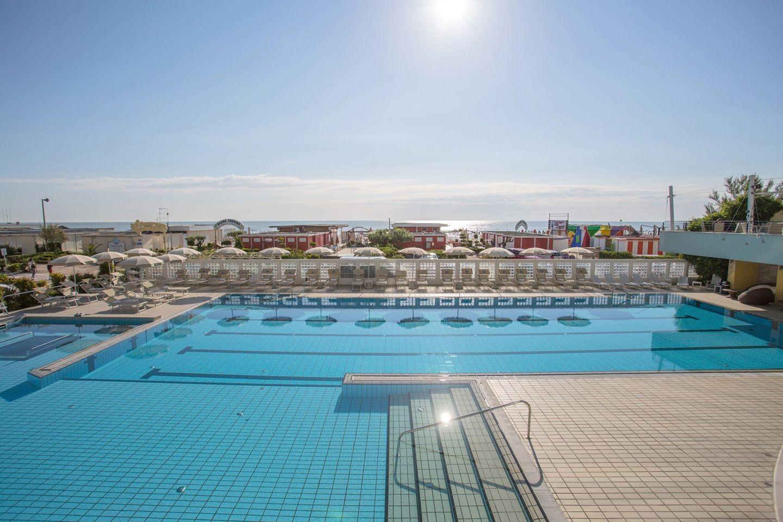 Hotel le palme - Hotel con piscina coperta milano marittima ...